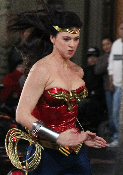 Wonder Woman TV Series Filming – pictures and videos | Superheroine