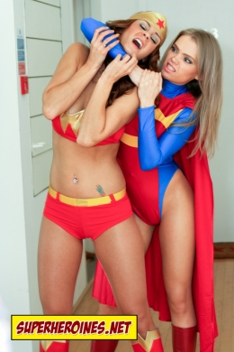 Superheroine catfi
